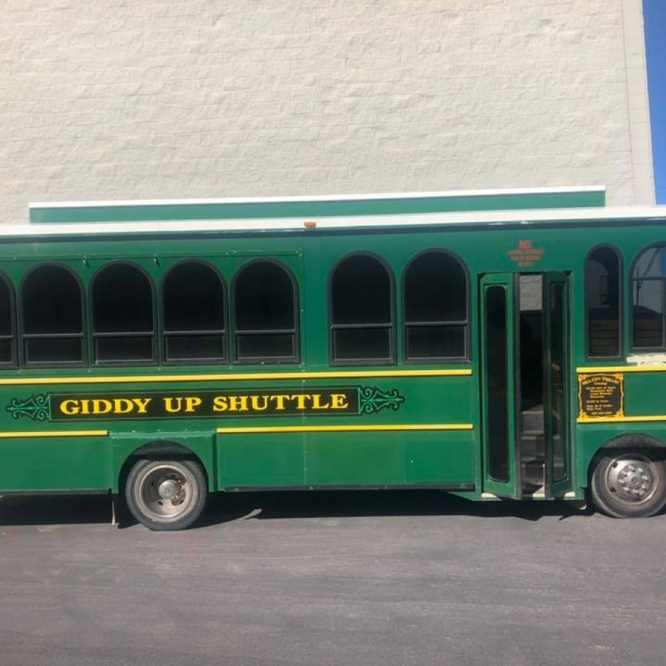 Giddy-Up Shuttles Photo